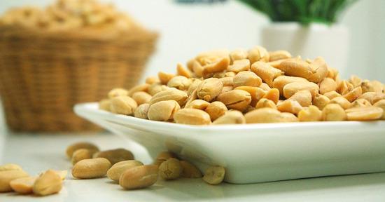 arachidi-tostate-e-salate